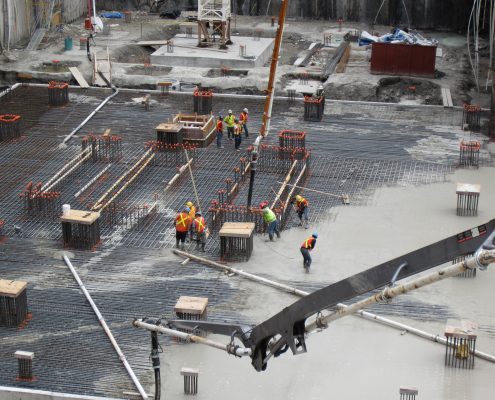 Dufferin Concrete Arial shot of employees pouting concrete